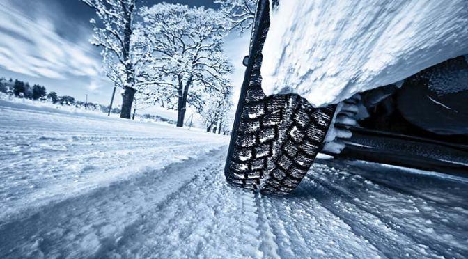 Sfaturi utile pentru condusul pe zapada